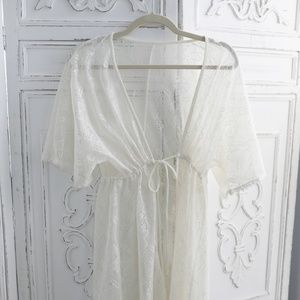 Lace Robe Cover - NWOT SZ S-M